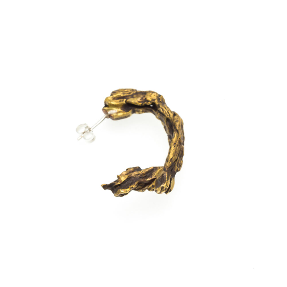 Doctum Doces Collection hoop-earring-brass-right-side