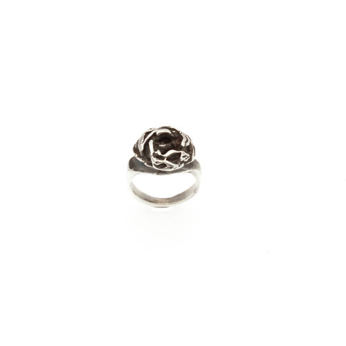 Doctum Doces Collection knot-ring-silver-top-view