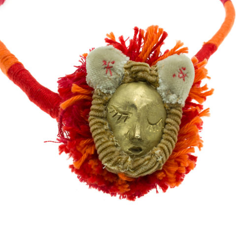 Hunting Trophies lion one-of-a-kind necklace detail