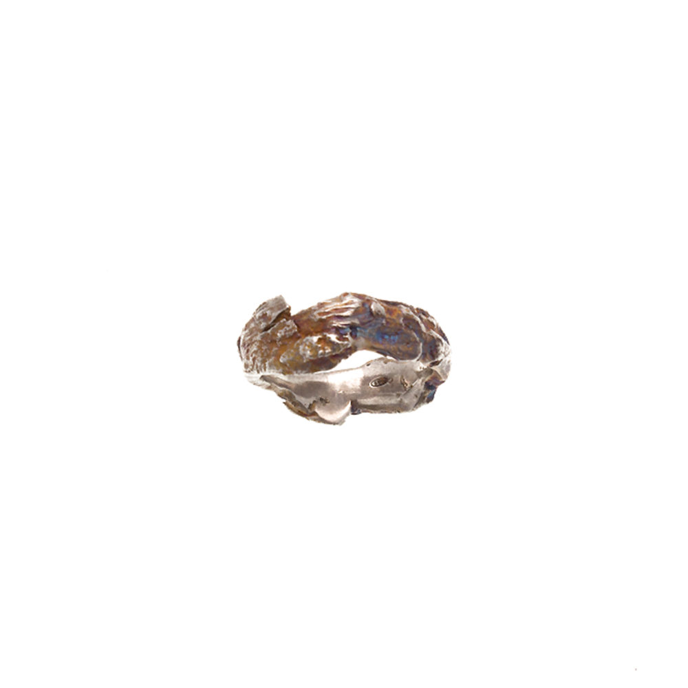 Doctum Doces Collection bark-ring-6-silver-top-view