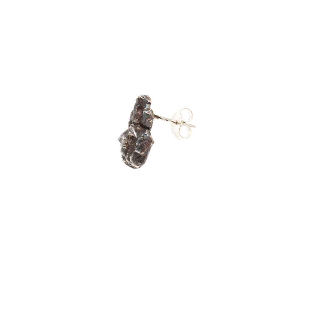 Doctum Doces Collection bark-stud-earring-silver-side-view